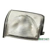 Lanterna de Seta Dianteira Lado Direito (Transparente) -  Land Rover Discovery 2 1998-2002 - XBD100870 - Marca Bearmach